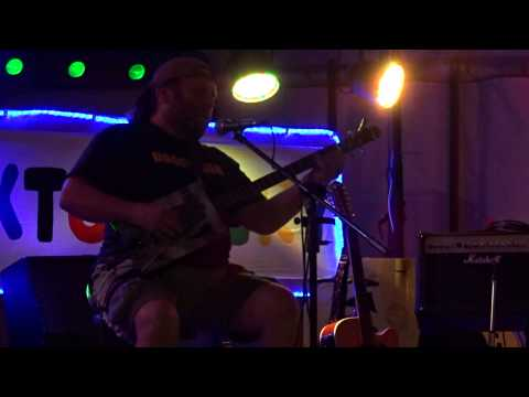 Dogfinger Steve 1 - Staxtonbury 3 July 2015