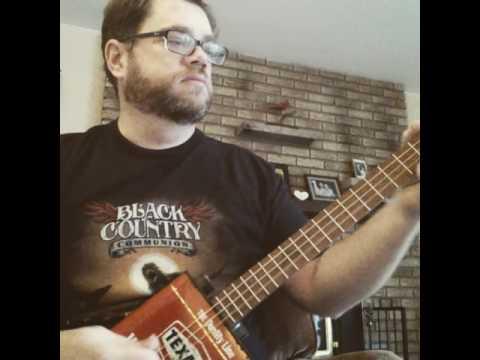 Texaco tin guitar soundcheck - Mark Hunt