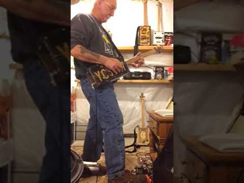 License plate guitar boogie