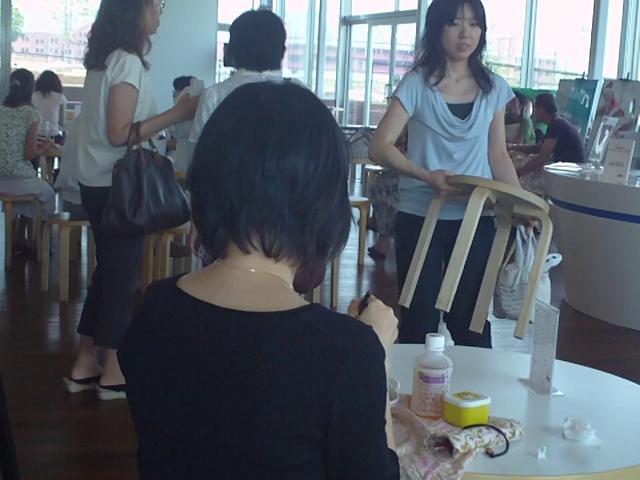 Contemporary dance café in Yokohama!