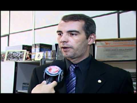 ECA - menor mata o pai em Divinópolis - Carlos Fortes 2012 - instrução.avi