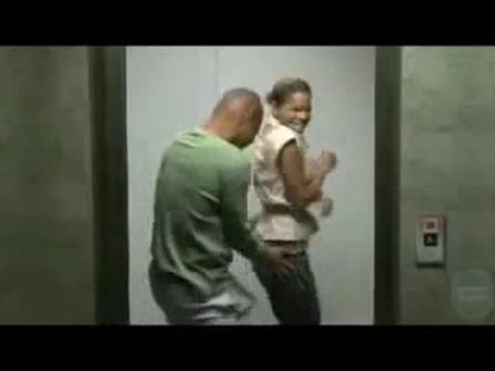 Hahahahaa Tatizo la kuwa na nanihii kubwa