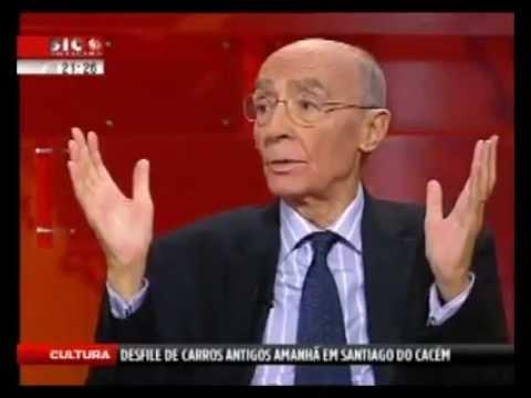 Padre Dr. Joaquim Carreira das Neves - Não siga a Bíblia literalmente