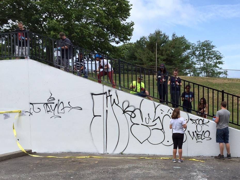 BEFORE - New London Fulton Park Graffiti and CityServe Volunteers June 20, 2015