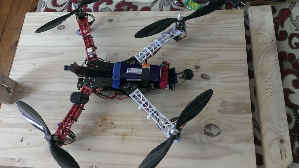 One motor gets extremely hot - DIY Drones