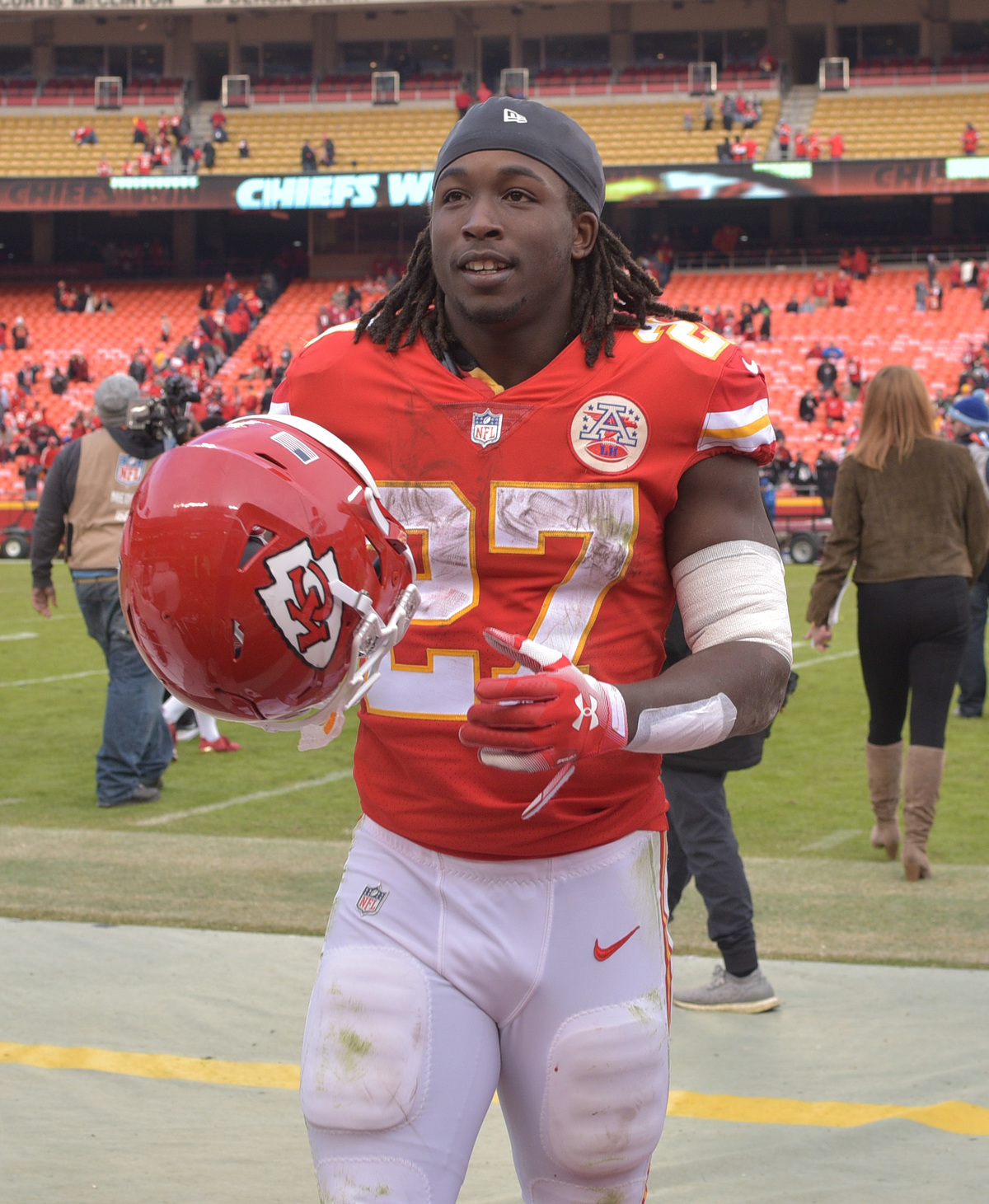 Kareem Hunt Cut From NFL Chiefs