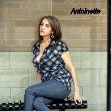 Antoinette Manganas