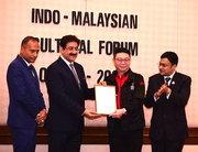 Entertainment Icon Award For Sandeep Marwah at Malaysia
