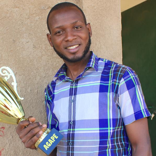 Amos Akinwumi Alikama