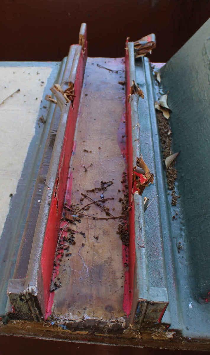 Hinemoa beam trough crumbling