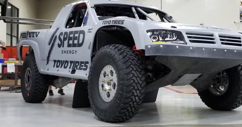 AWD Trophy Truck