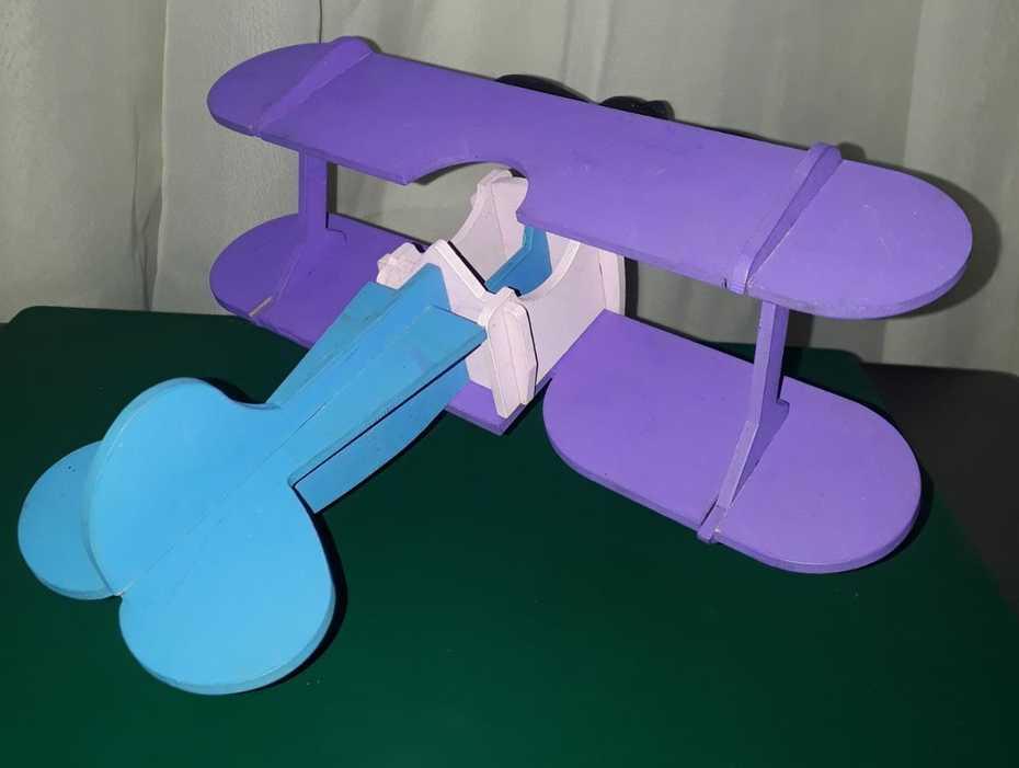 Avión en MDF