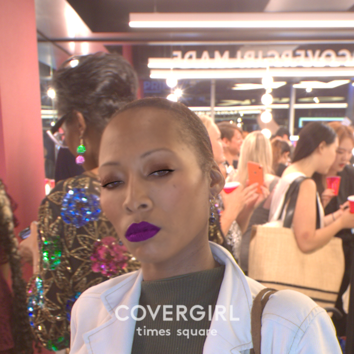 covergirl times square photo