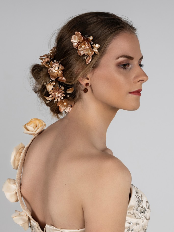 """Fleur"" gold"