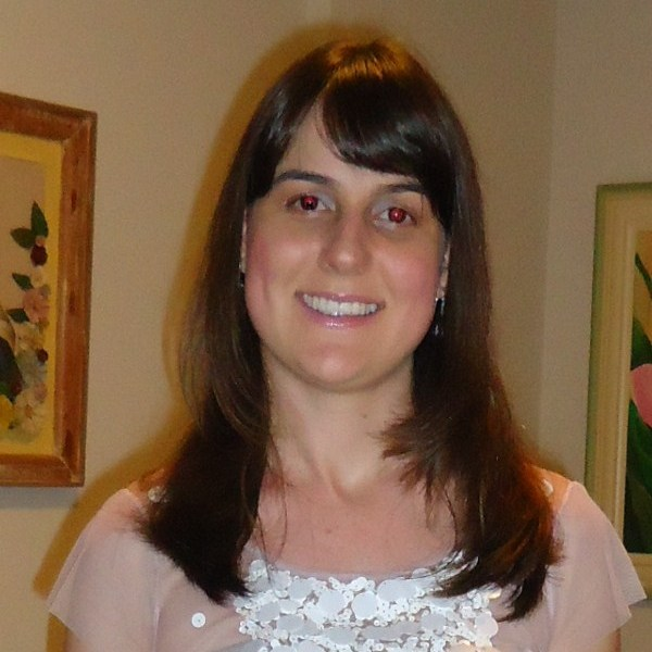 Marcela Péres Soares
