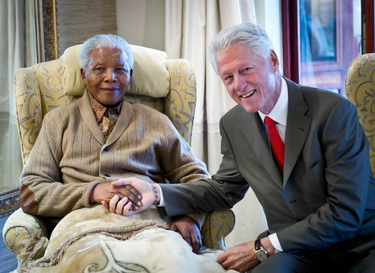 Nelson Mandela: 10 Photos of the South African President With Other World Leaders