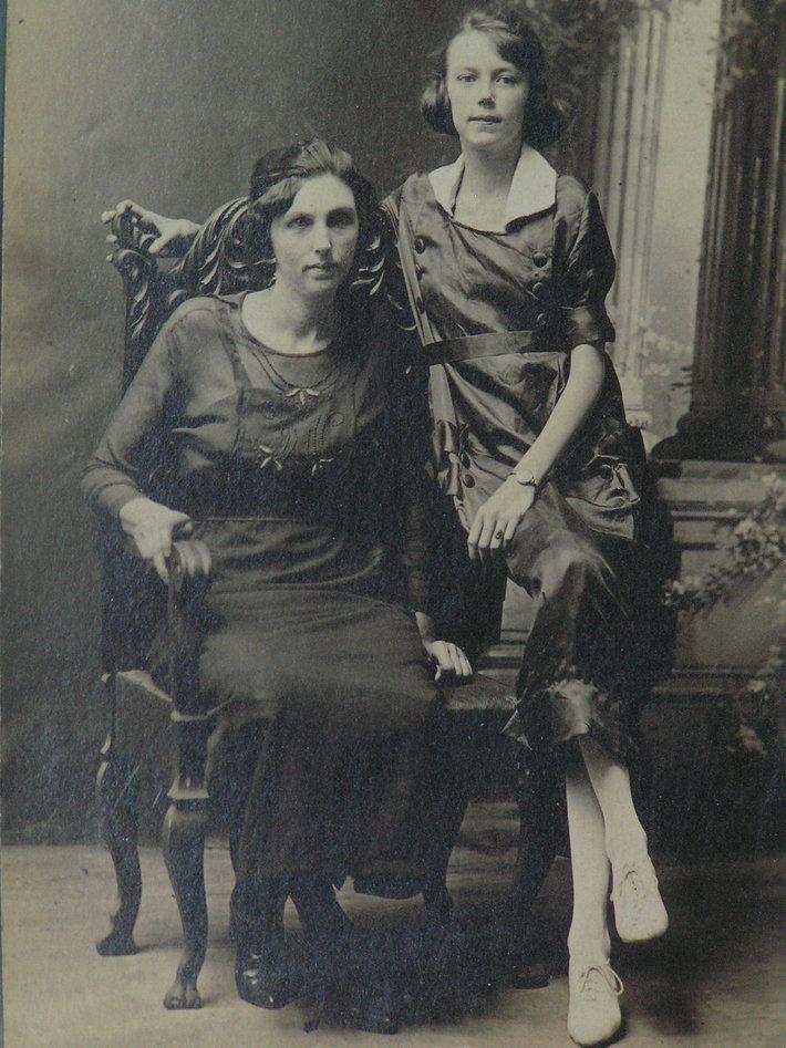Sarah Allen & Georgia
