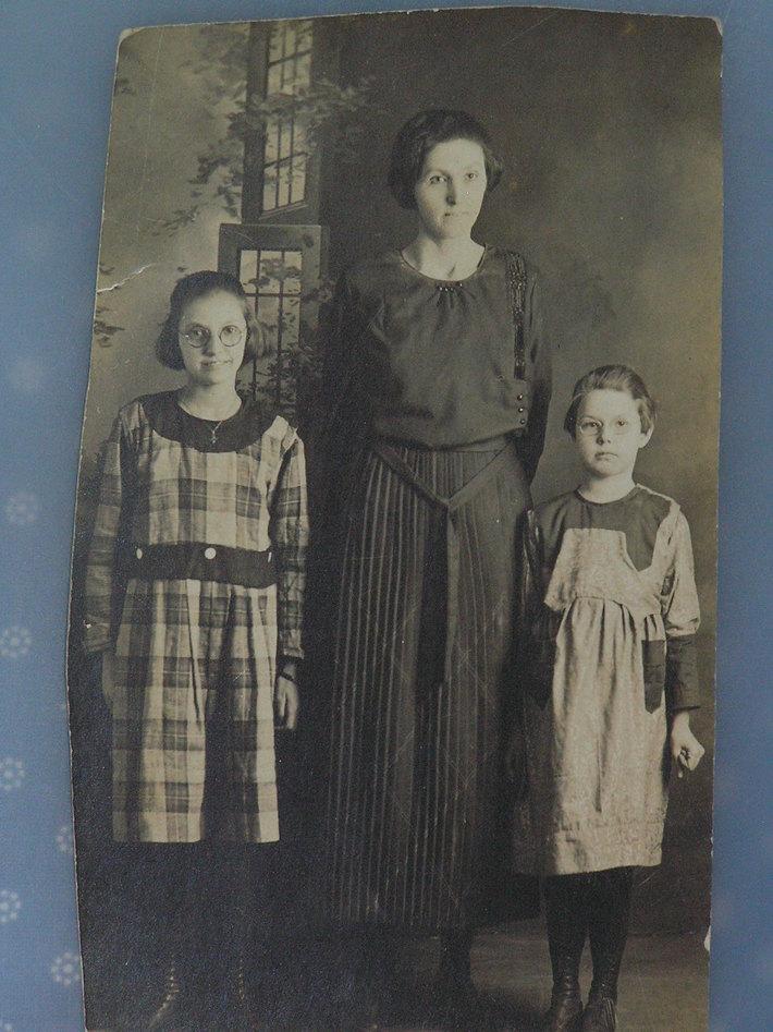 Sarah Allen & Children 2