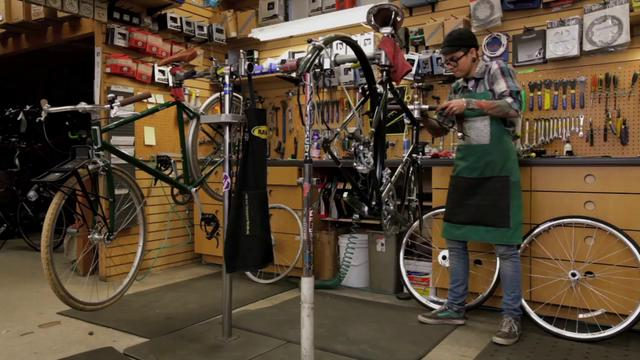 21st Avenue Bicycles - Family Fun Bike Build!