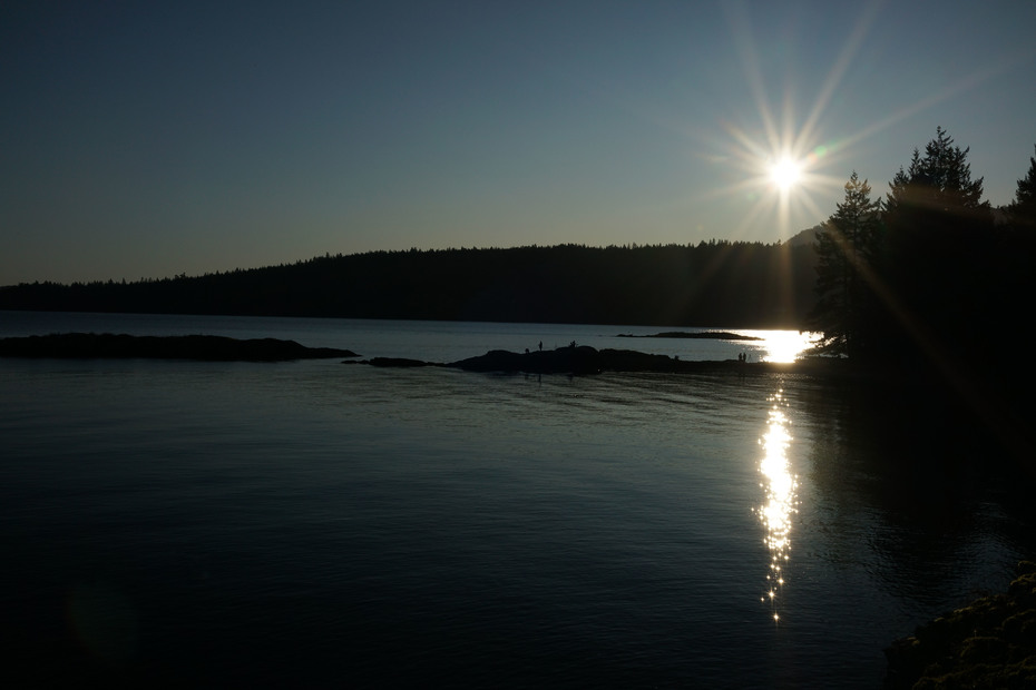 """SSIS """" a Salt Spring Island Silouette"""" - SSI photography club"""