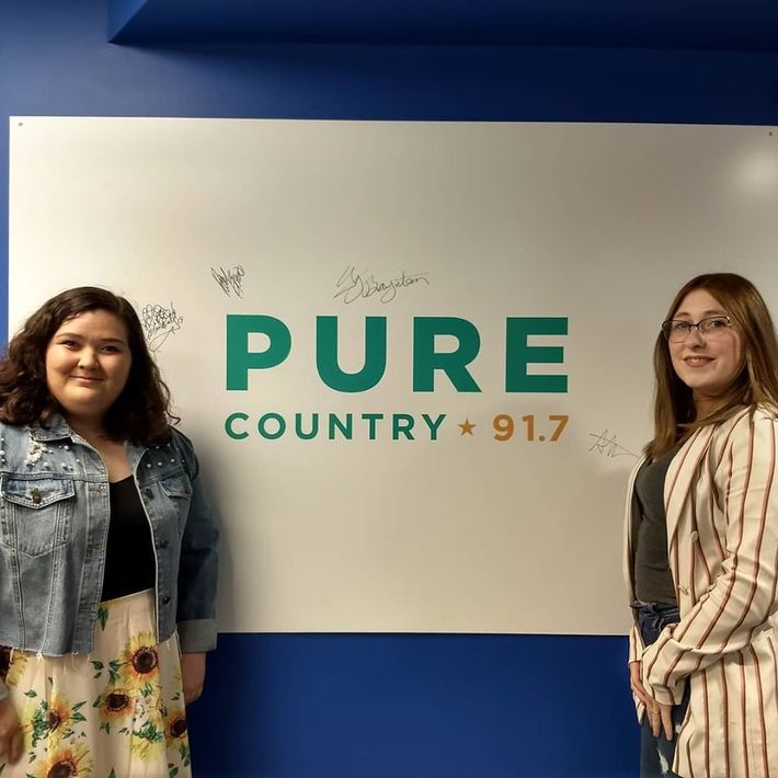Hayley Verrall at Pure Country 91.7 FM July 2019