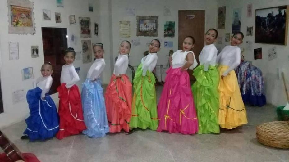 IV festival de danzas 29
