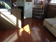 Salon_Clean_Floor