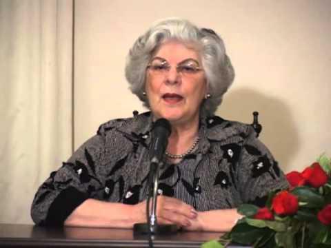 """""""A Paz Deve Começar em Nosso Coração."""" -- com a médium Isabel Salomão de Campos"""