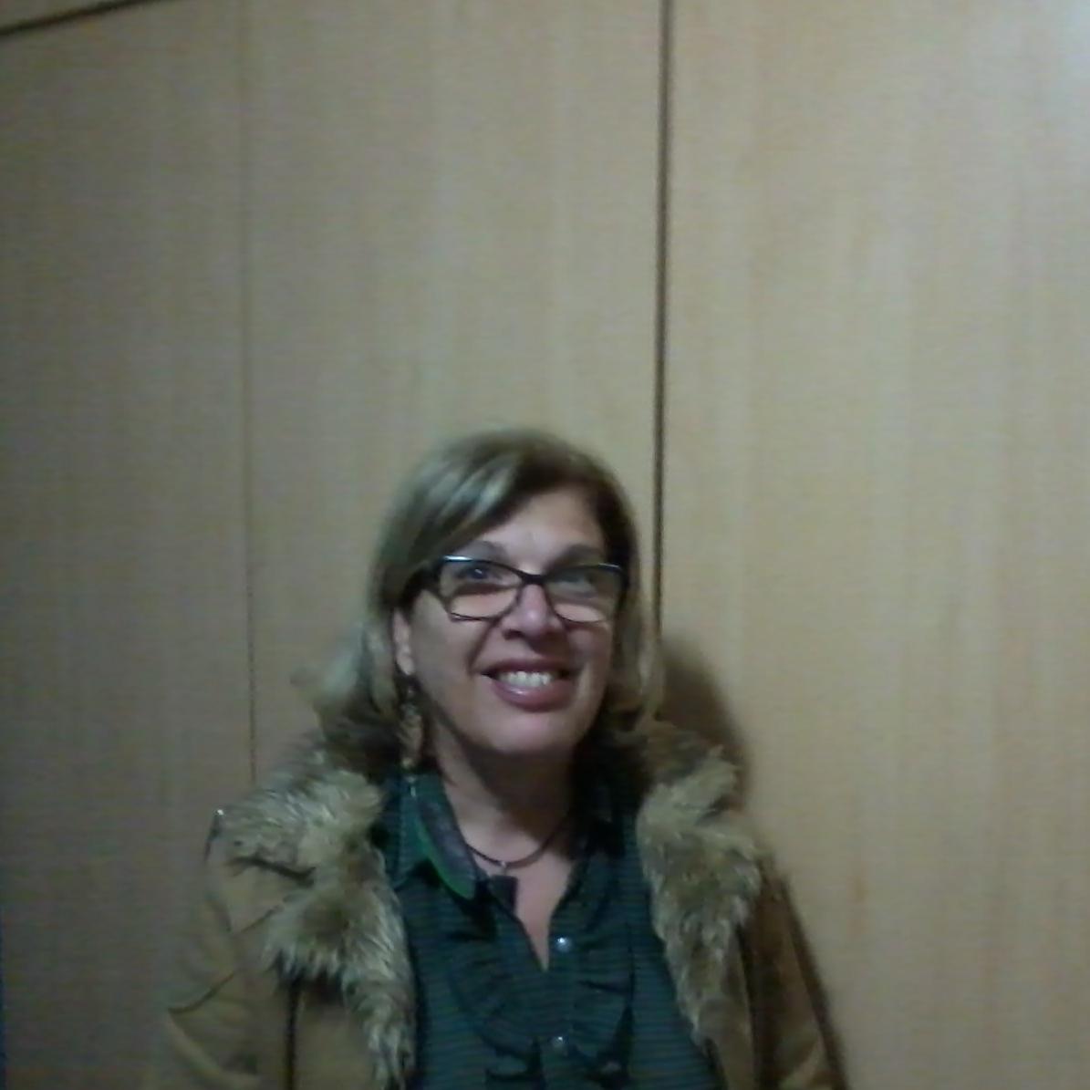 Mariangela S Moreira