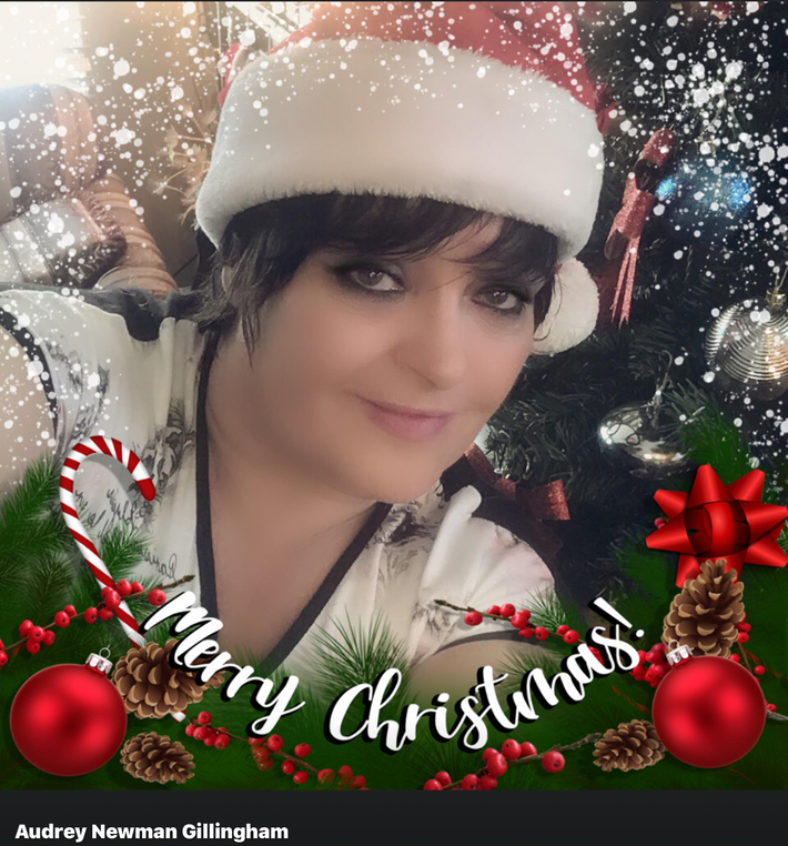 Merry Christmas Everyone Queen AJ