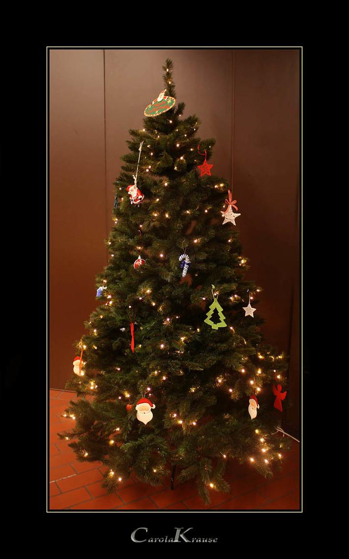 Καλά Χριστούγεννα σε όλους και όλες!!!!