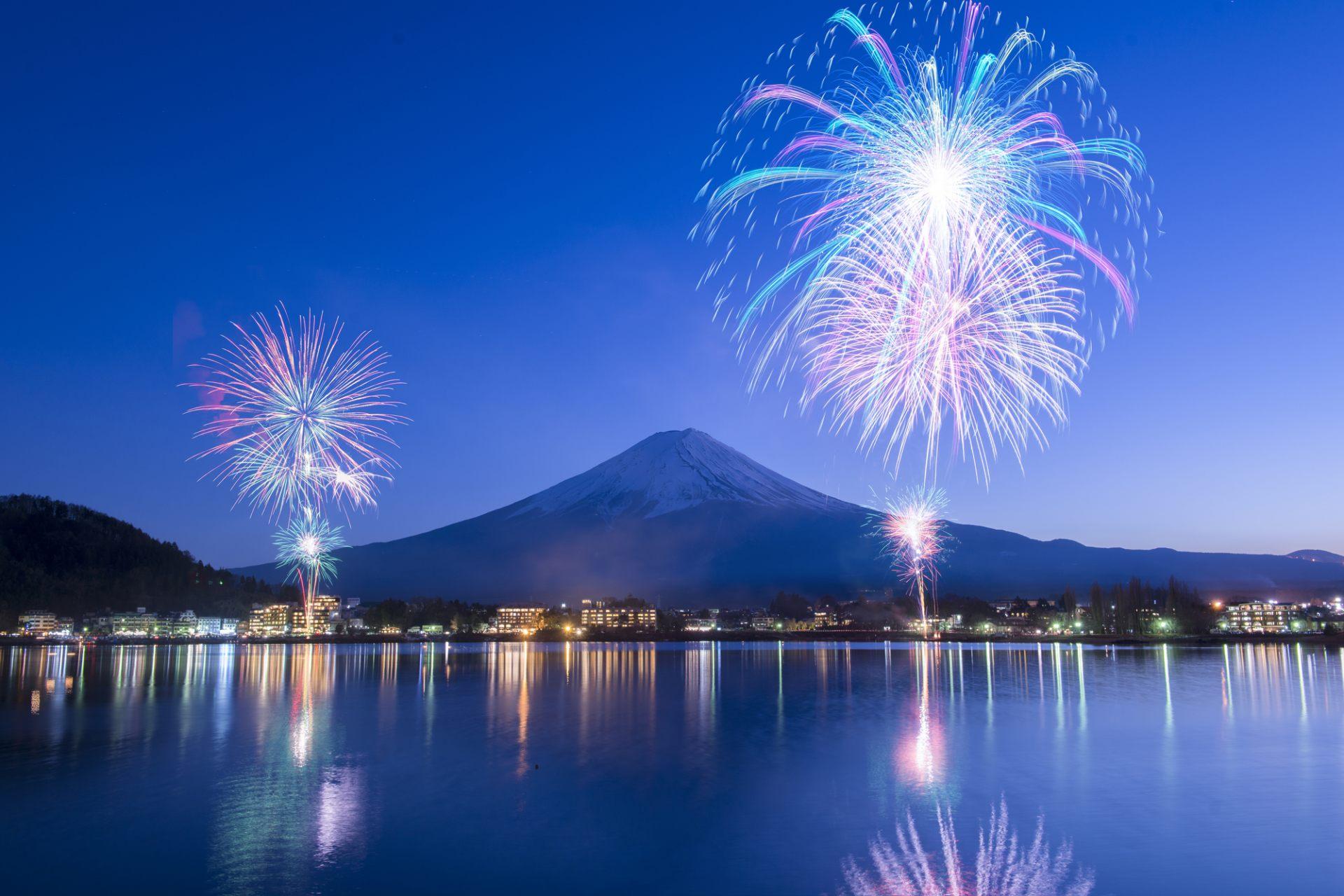 [會員限定] 211025「槓桿日本語」日本留學記!我的第一本校園日語會話書 - 第十回:在河邊施放線香花火
