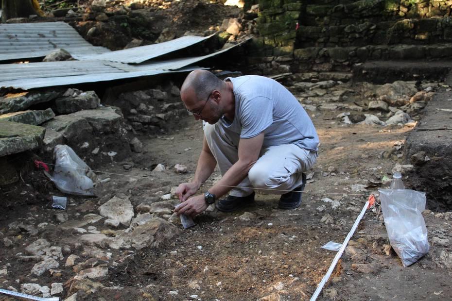 Excavaciones en Palenque, Chiapas