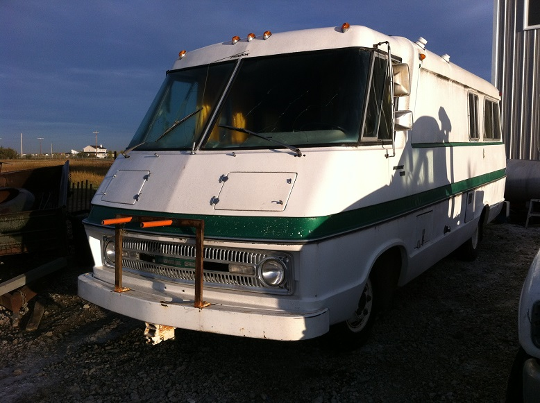 73 Dodge Chinook 2500 - Good Old RVs