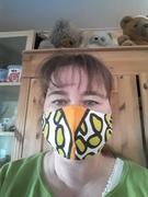 Nicht gestrickt, aber genäht.....Maske passend zur aktuellen Problematik