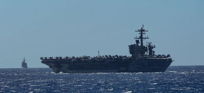 La armada estadounidense evacua un portaaviones infectado por coronavirus