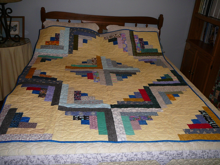 Log Cabin Donation Quilt 2020