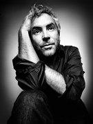 Gravity Movie - Alfonso Cuaron (Director), Sandra Bullock, George Clooney