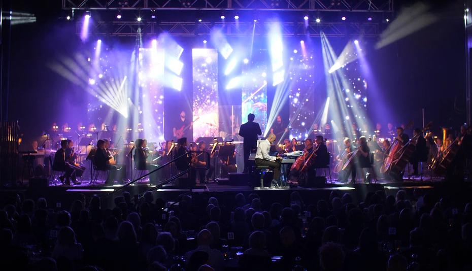 Kitt Wakeley In Concert - Wide Angle