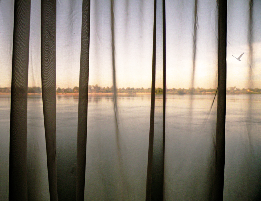 """""""il Nilo attraverso-la-tenda"""""""