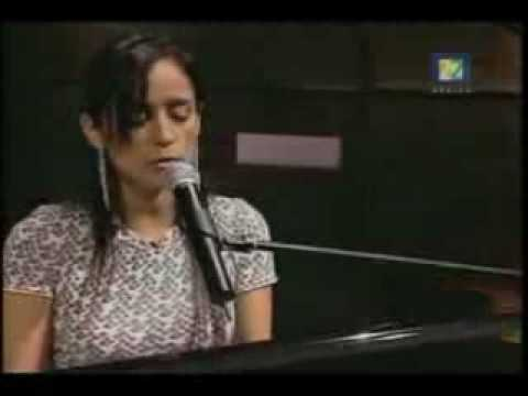 Julieta Venegas - ESTA VEZ  acústico