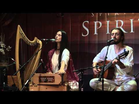 "Mirabai Ceiba Live at Spirit Fest 2010 | ""Pavan Guru"""
