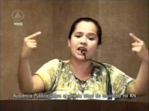 Depoimento da Professora Amanda Gurgel - a Educação no Brasil