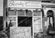 Bunty's Ice Cream Bar, Park Road, Crouch End, 1946