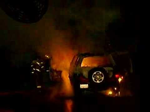 Magnesium's reaction to water on vehicle fire