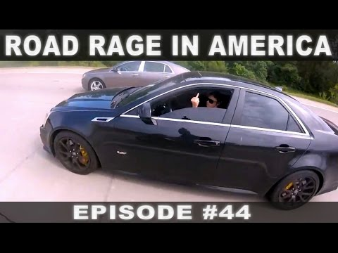 ROAD RAGE IN AMERICA #44 / BAD DRIVERS USA / NORTH AMERICAN DRIVING FAILS