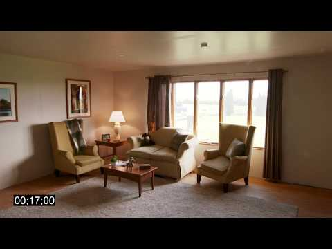 Living room fires with and without a fire sprinkler (Timecode)