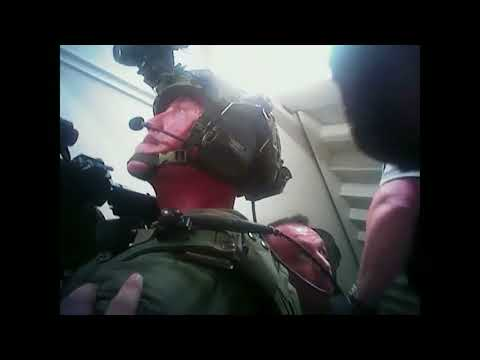 Las Vegas police releases body-camera video of SWAT responding to 1 October shooter's room