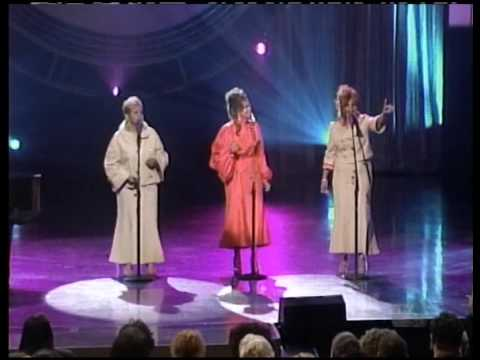 The Clark Sisters at Stellars 08