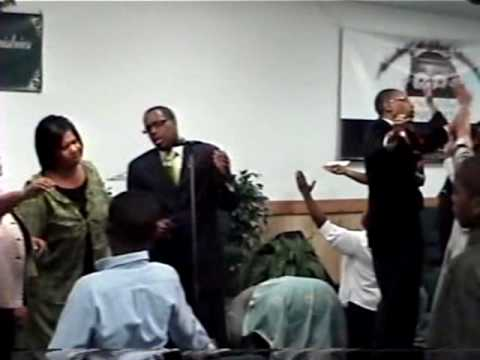 prophet walter hardy leading worship.wmv